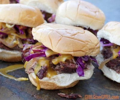 lamb slider with red cabbage and mustard sauce