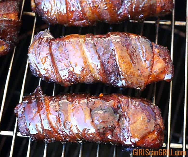 single rib bones wrapped in bacon
