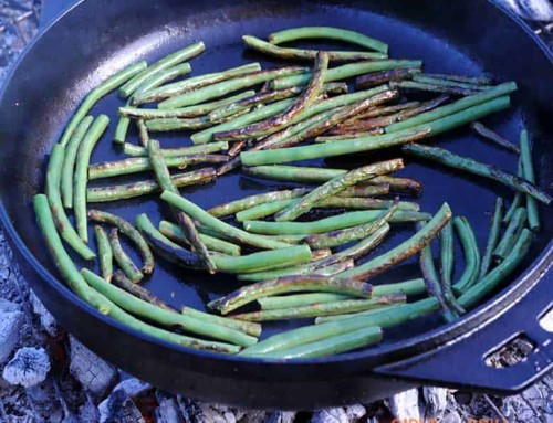 15-Minute Cast Iron Garlic Green Beans