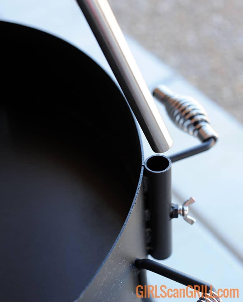 sliding pole into socket on KUDU grill