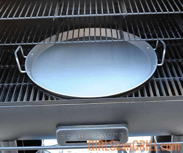 griddle pan on Oklahoma Joe's Rider DLX Pellet Grill