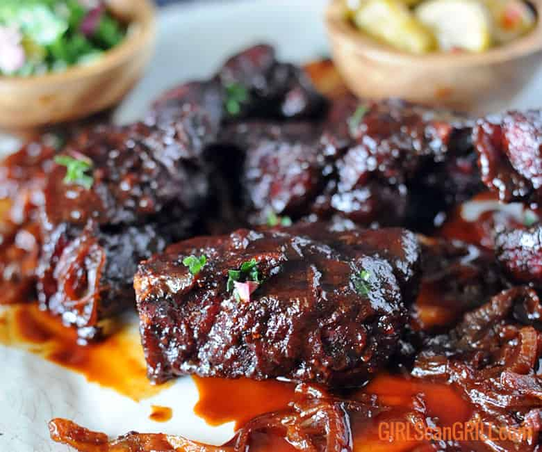 country style pork ribs platter with closeup